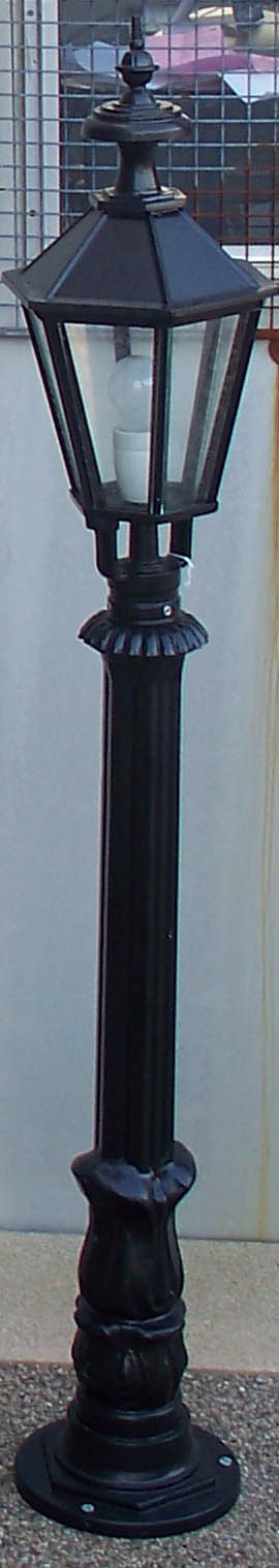 No 9 pole with small 6 sided head